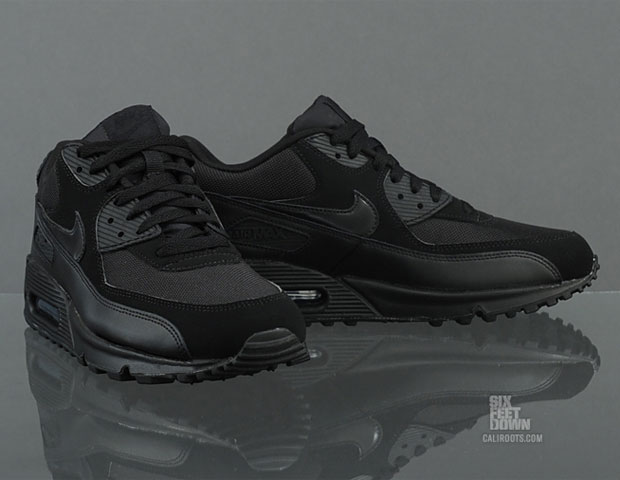 air max 90 black on black