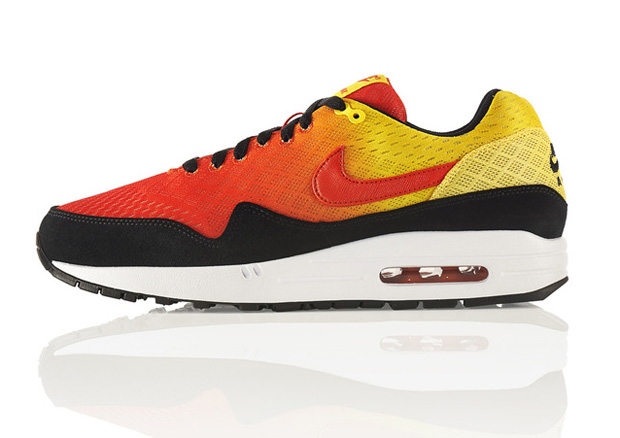 Nike Air Max Sunset Pack: Air Max 1