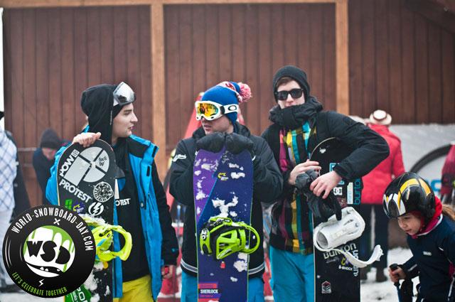 World Snowboard Day 2013 @ Eplény: a sneakerbox csapatának snowboardosai :)