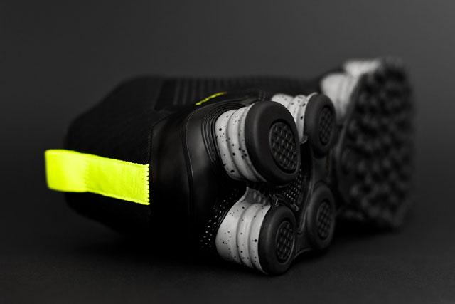 Nike Shox TLX Mid fekete/volt színekben