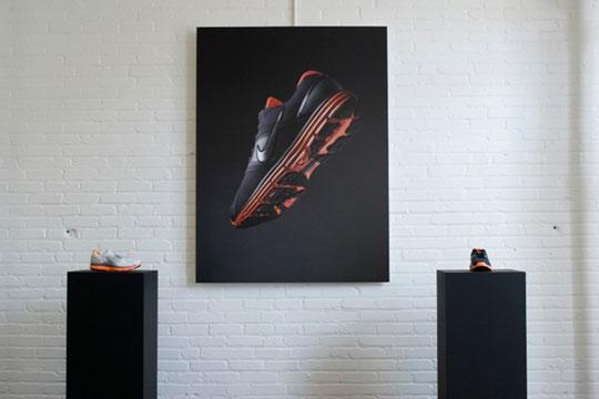 Az első Nike LunarGlide+ launch Bostonban; balra a női, jobbra a férfi verzió
