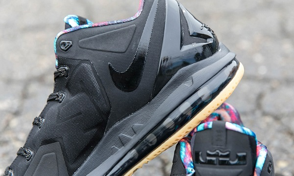 Lebron XI Max Low (Black/Gum)
