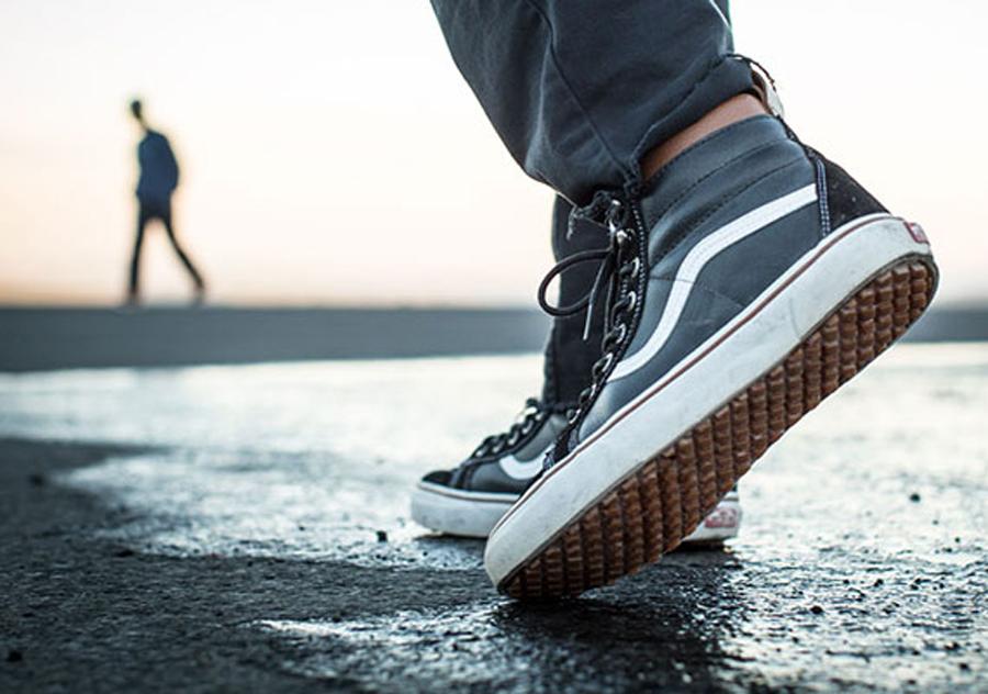 vans-water-resistant-mountain-footwear-1