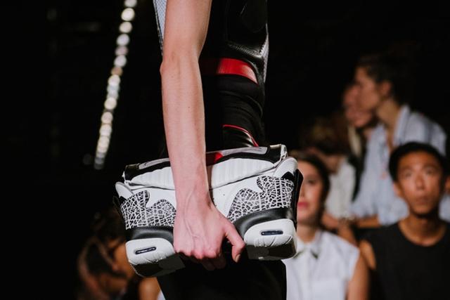 Alexander Wang újraértelmezte a sneakereket.