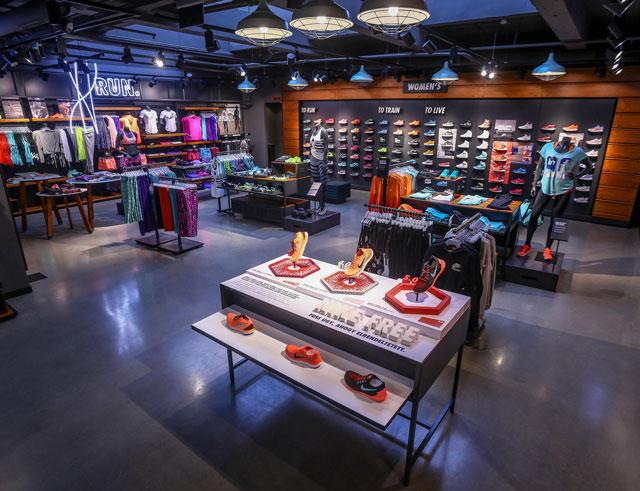Budapest Nike Fashion Street Store