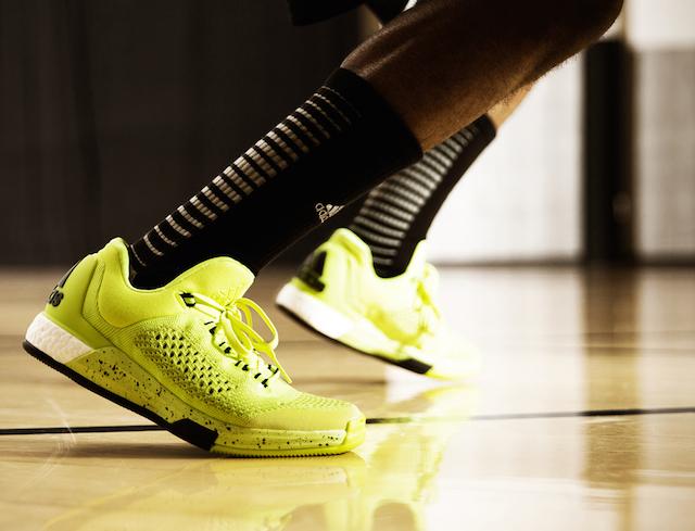 adidas_crazylight_boost_1