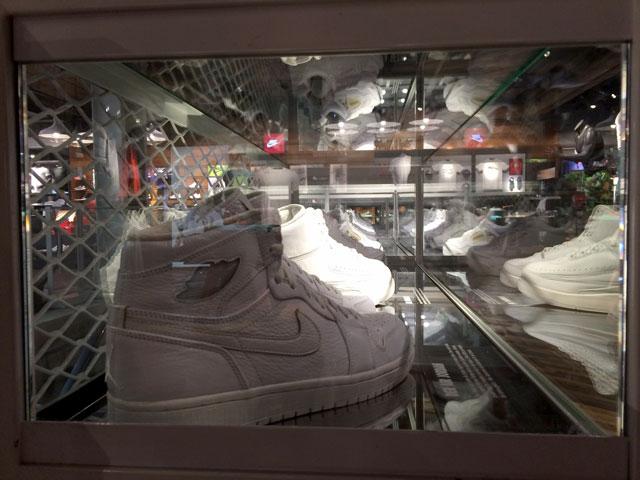 Berlin sneaker store check: Jordan generációk