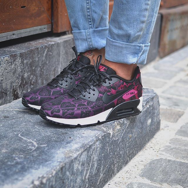 c911f933dc16 ... clearance womens shoes mulberry purple dusk white nike jacquard air max  90 . 15826 dc4c6