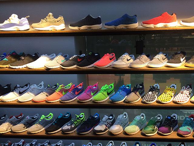 Overkill - néhány tucat pár a kb. 800-féle cipőből