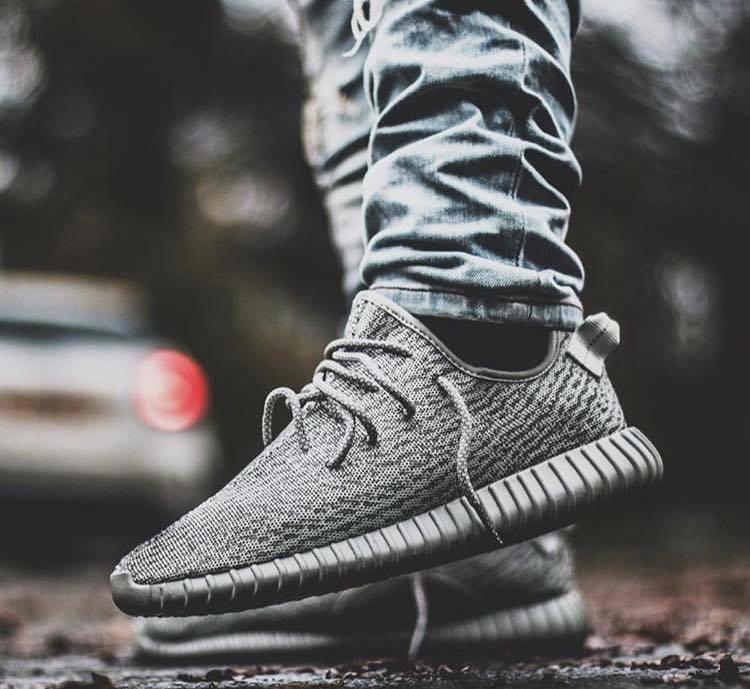 "Adidas x Kanye West Yeezy Boost 350 "" Moonrock "" Instagram : @vivianfranklondon"