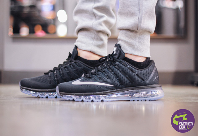 Nike Air Max 2016 (Black/White-Dark Grey) 57 990 Ft (Fotó: Pelikán Kristóf)