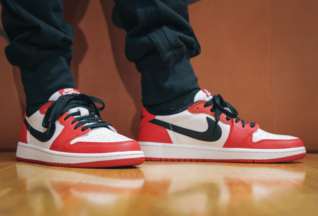 Air Jordan 1 Low OG 'Chicago' - itthon, a Westendben is!