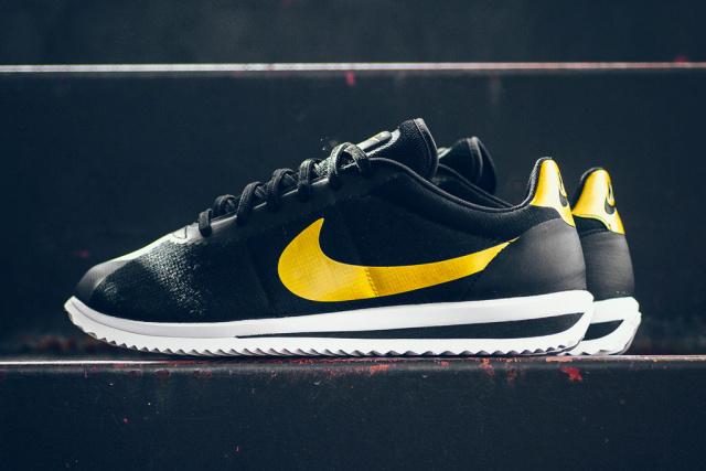 Nike-Cortez-black-gold-Bruce-Lee-tribute