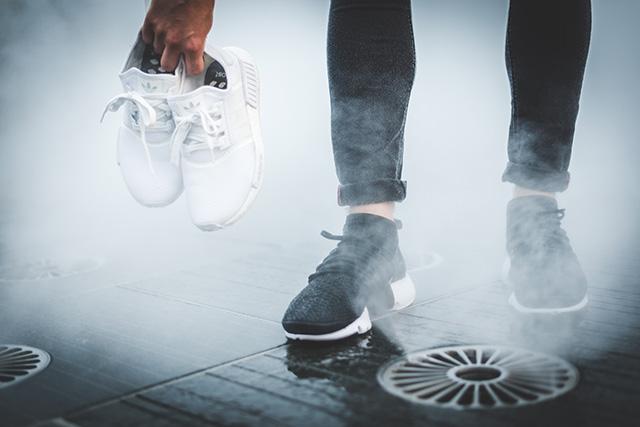Fotózás előtt tisztítsd le a cipődet - de azért ne így :)