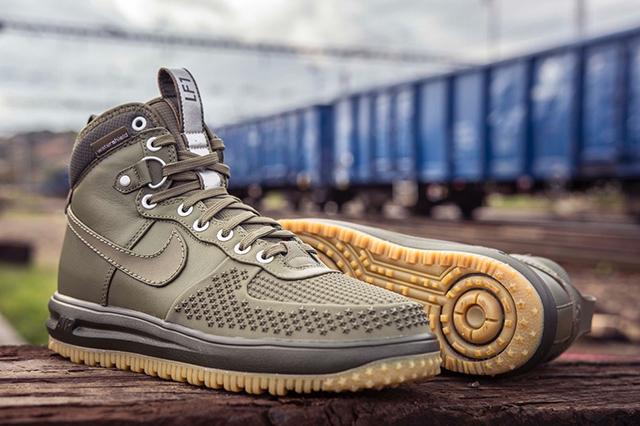 """Nike Lunar Force 1 Duckboot """"Medium Olive/Gum Light Brown/Cargo Khaki/Medium Olive"""" 805899-201"""
