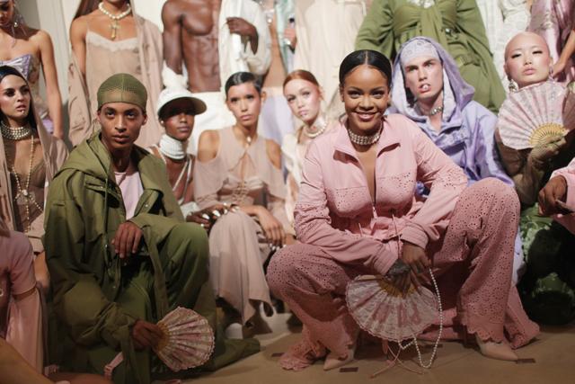 Rihanna Puma x Fenty vonala egyre sikeresebb