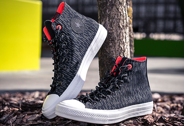 "Converse Chuck Taylor All Star II Shield Canvas ""Black/Reflective/Lava Red"""