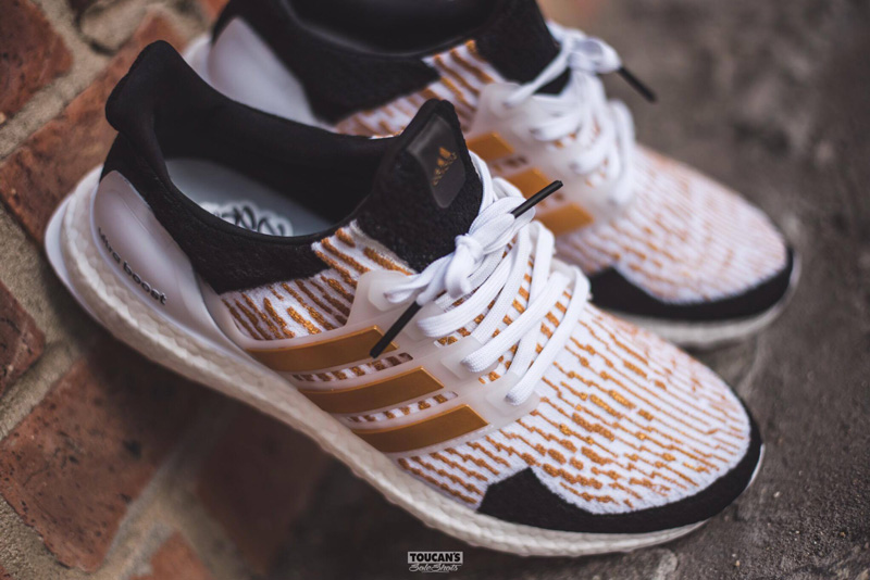 'Gold Trophy' custom Ultra Boost a Dent Kicks Custom műhelyből