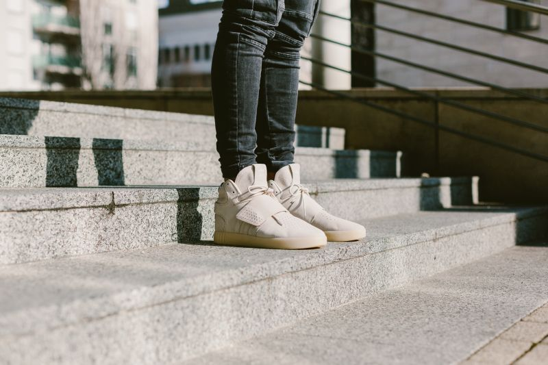 3f2a52fa84 Adidas Tubular Invader Strap - már a webshopban is! - sneakerbox.hu ...