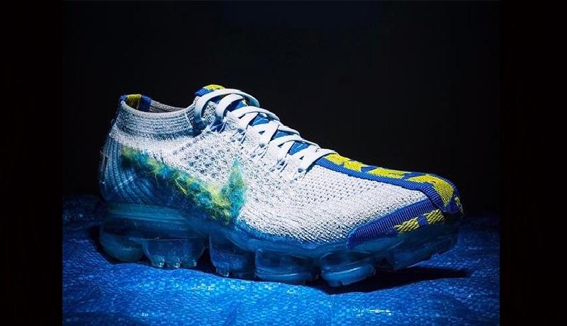 Nagyon jól áll a Vapormax a kék és a sárga | képforrás: Sneaker News
