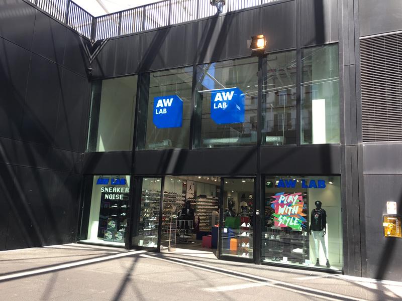 AW Lab a nápolyi Főpályaudvarnál
