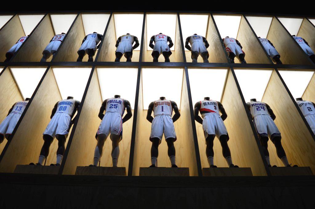 Nike x NBA mezbemutató - The Mad Science - sneakerbox.hu blog   shop 499d52f42d