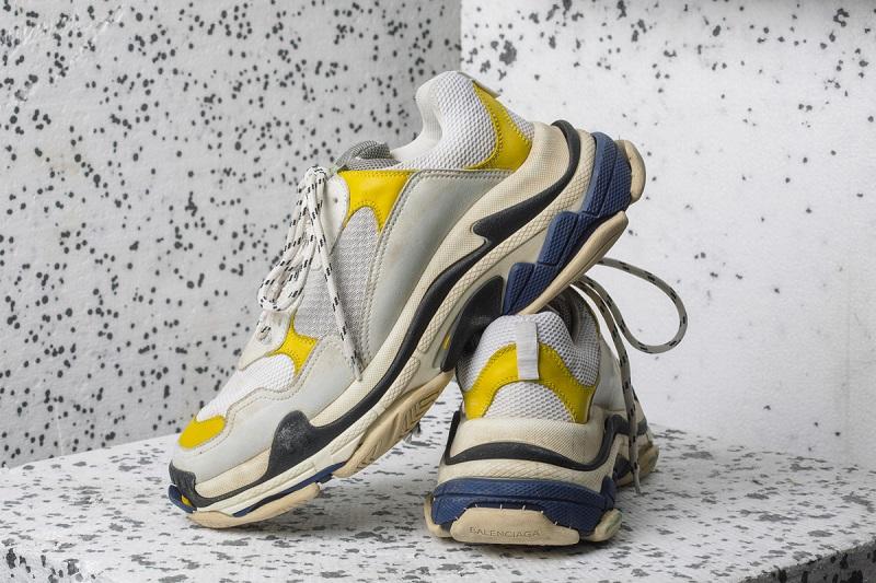 balenciaga triple s cipő hungary Főbb31 híres márka érkezett