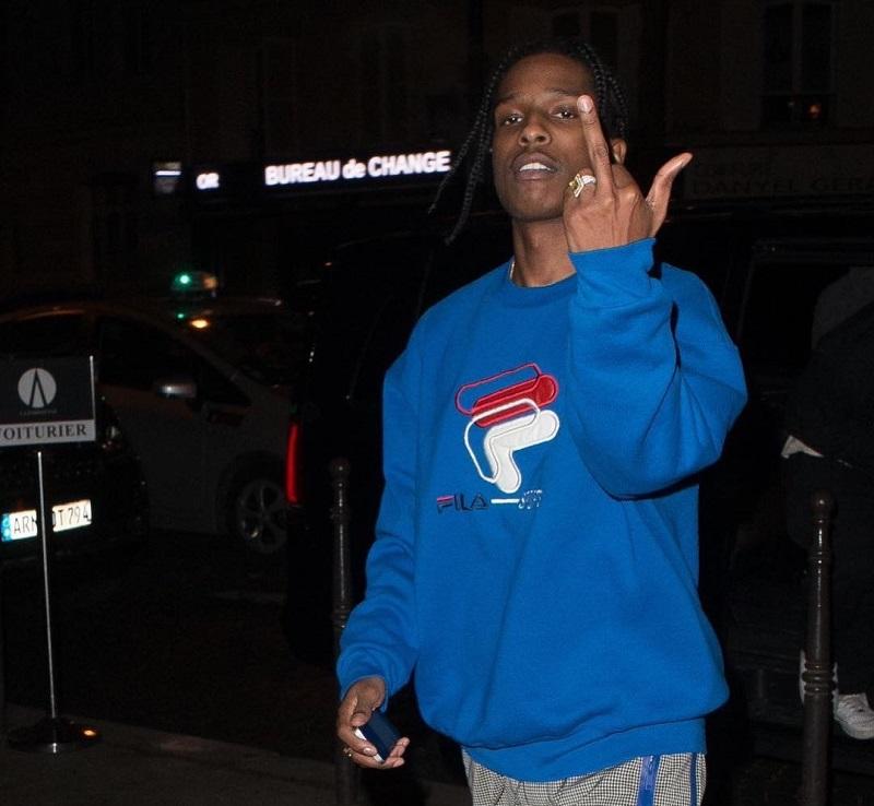 Rocky egy Fila pulcsiban