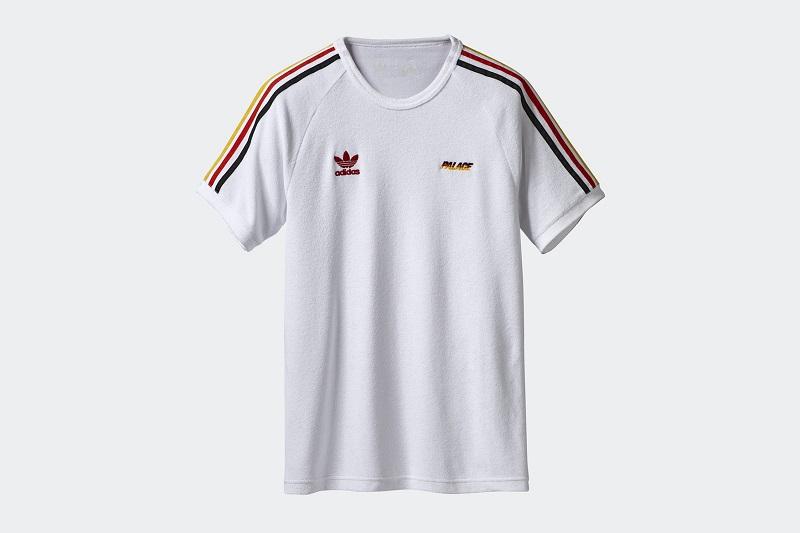 Akár egy német válogatott meznek is megfelelne ez a póló