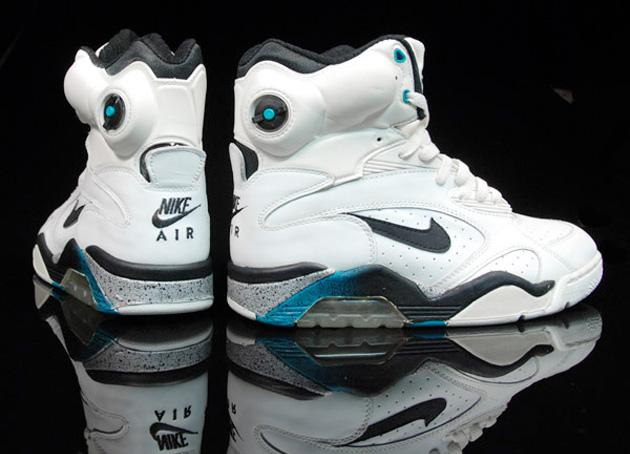Nike air force pump hi