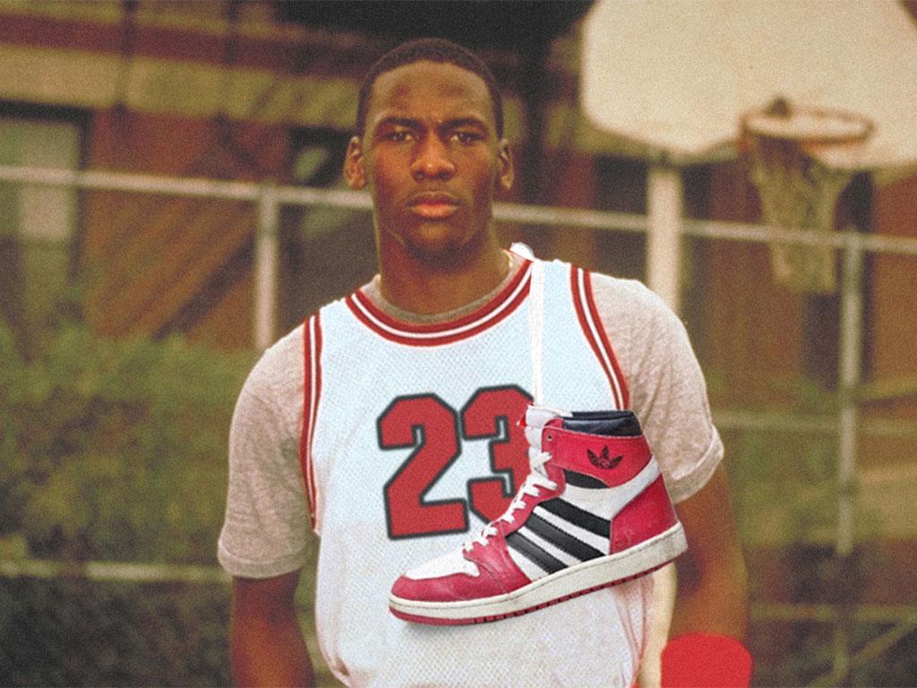 Michael Jordan adidasban???