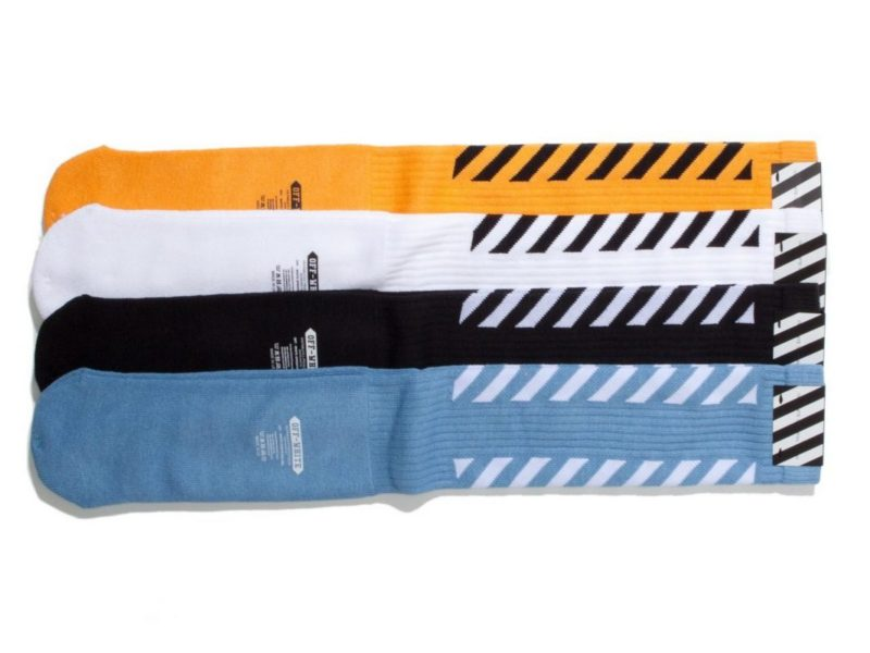 OFF WHITE striped zokni