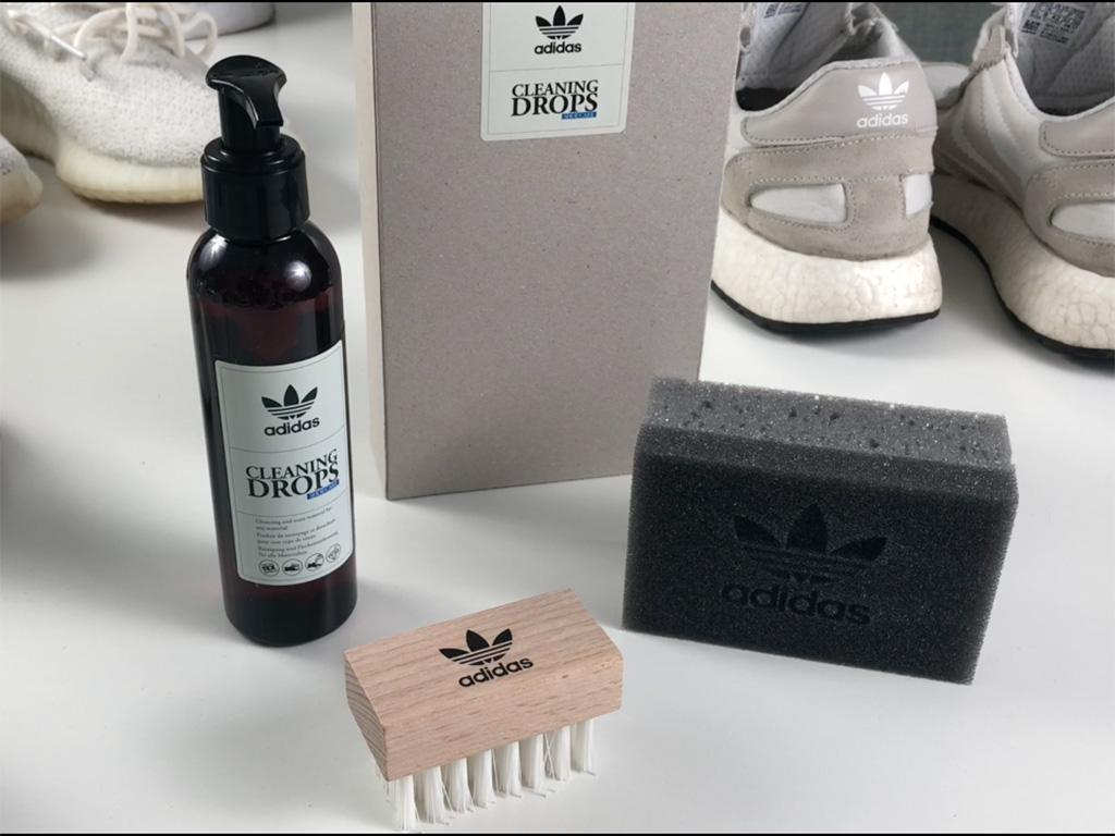 adidas Cleaning Drops cipőtisztító szer szivaccsal és kefével a csomagban