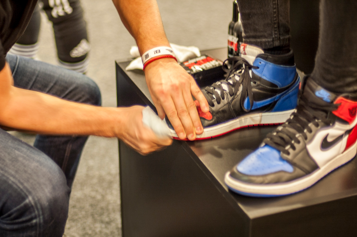 Sneaky cipőtisztítás @ Kicks R Good