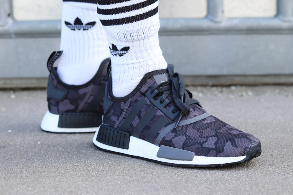adidas NMD_R1 Fekete/camo (D96616)