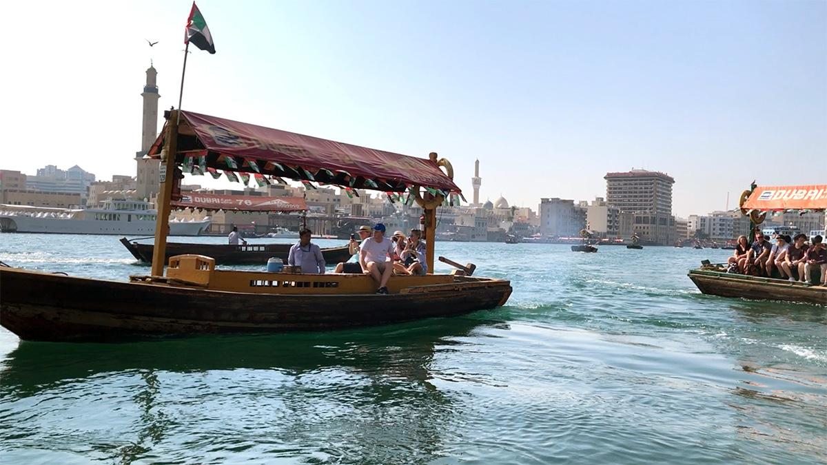 """Dubai Creek: ennek a két partján van a két nagy """"Souk"""", azaz bazár"""