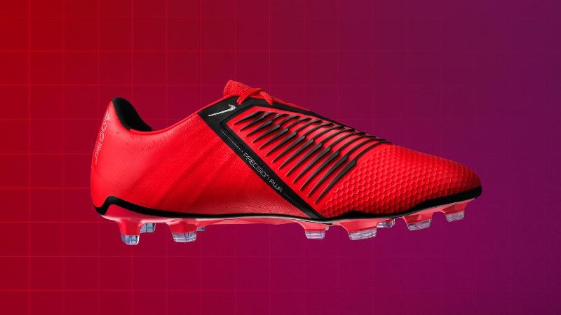 Nike PhantomVNM oldalról