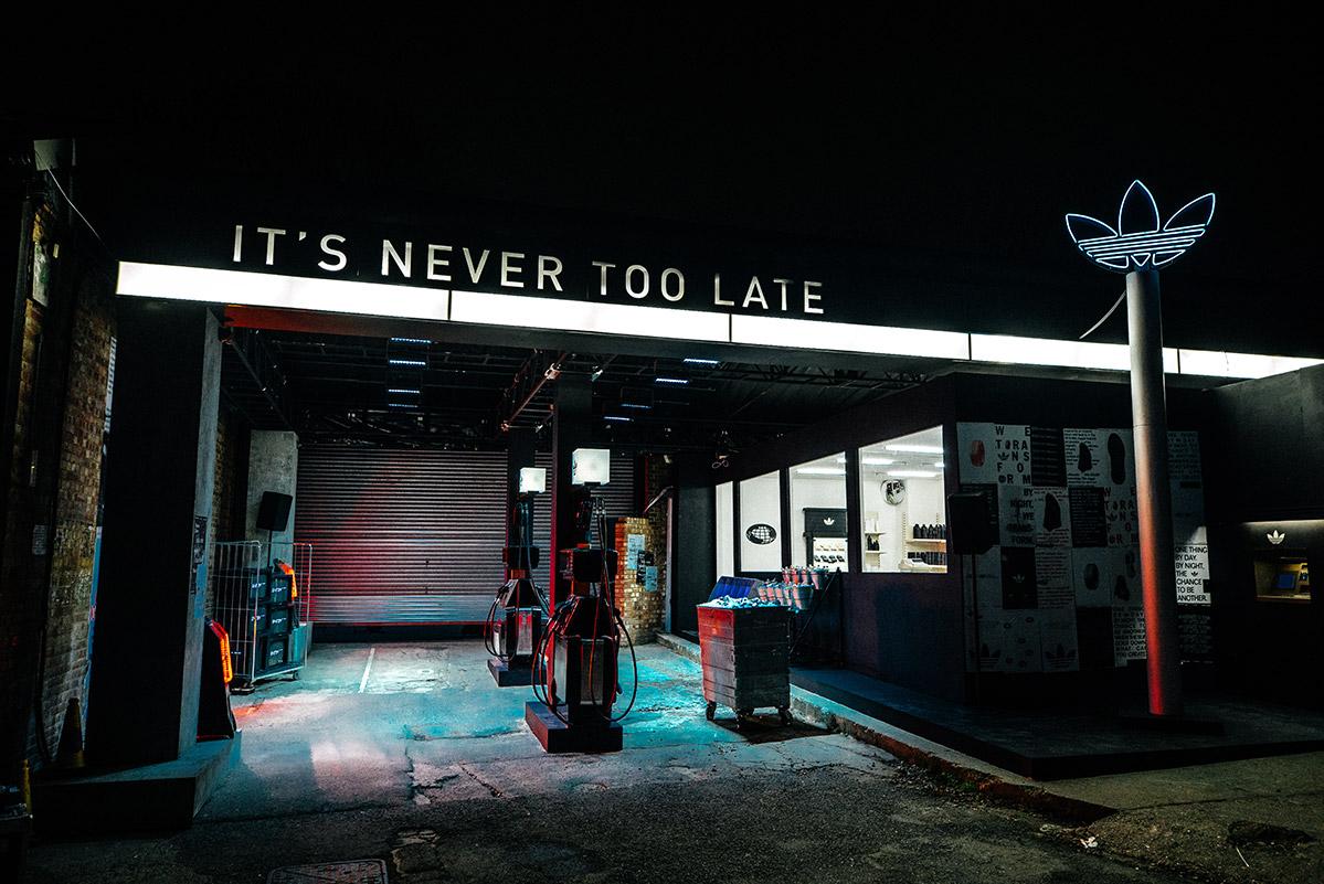 Az adidas Nite Jogger bemutató helyszíne Londonban