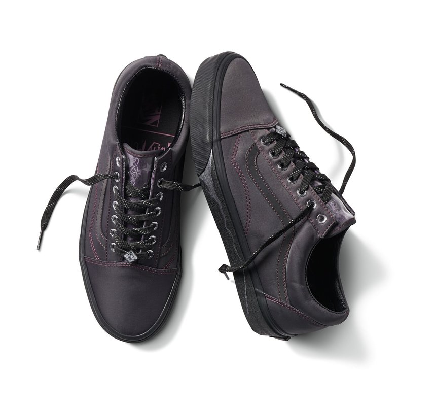 rsz_harry_potter_vans_deathly_hallows