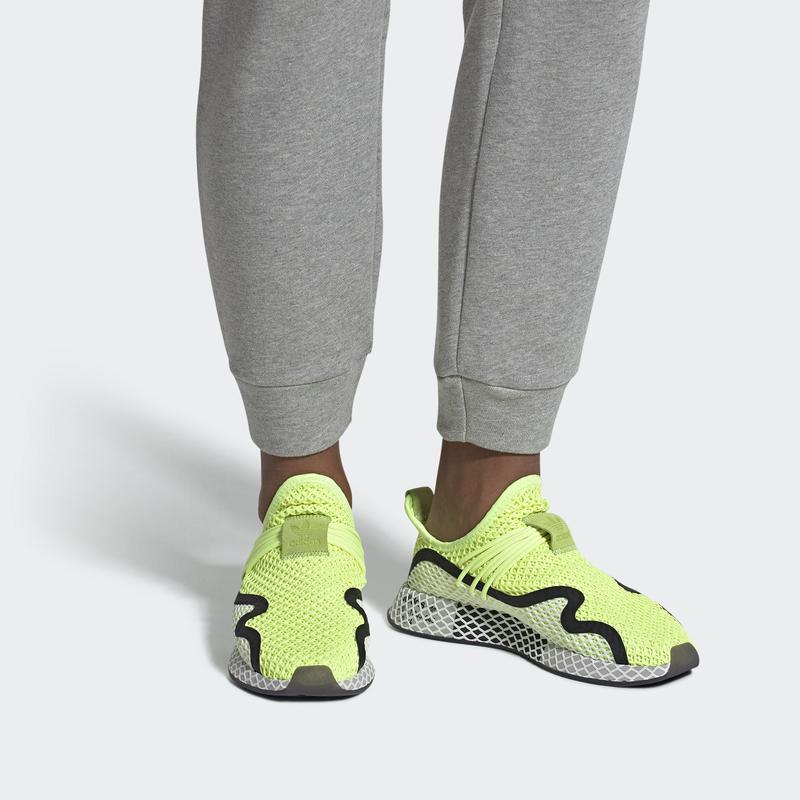 adidas_deerupts_HIREYECBLACKFTWWHT_BD7881_01