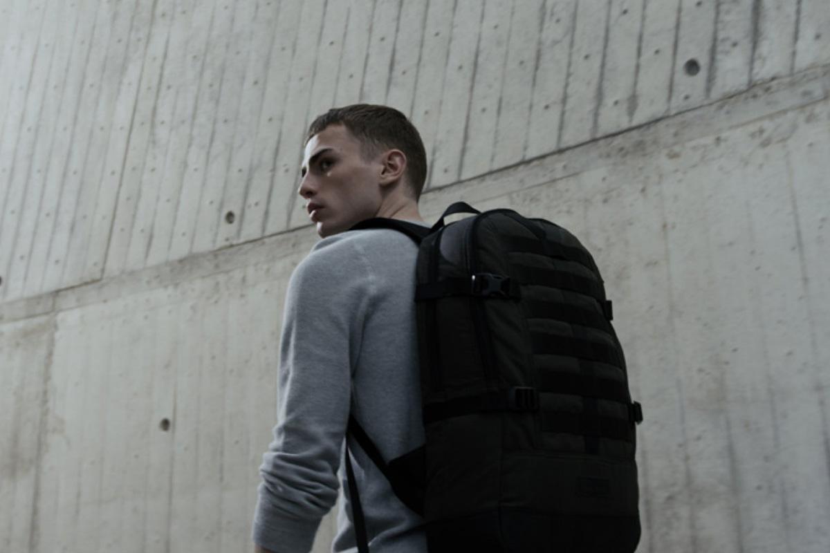 Jól állítható + párnázott pántok = kényelmes hátizsák