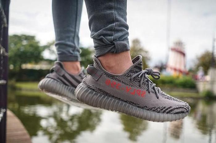 Beluga 2.0 on feet