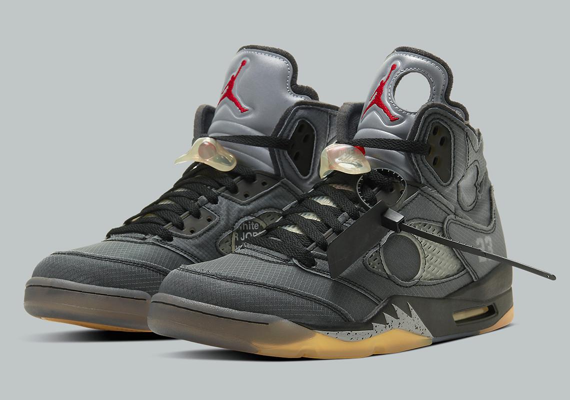 Az Off-White Jordan 5 sneaker