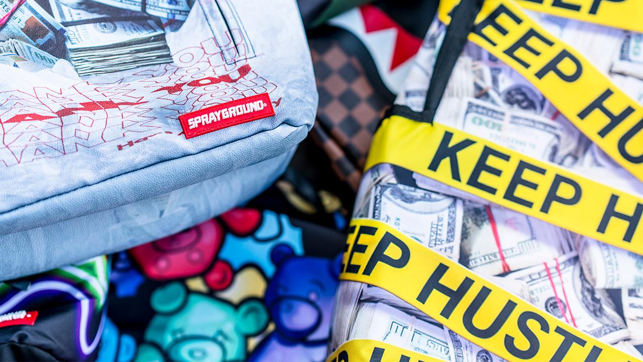 Sprayground táska, hátizsák: színes és különleges