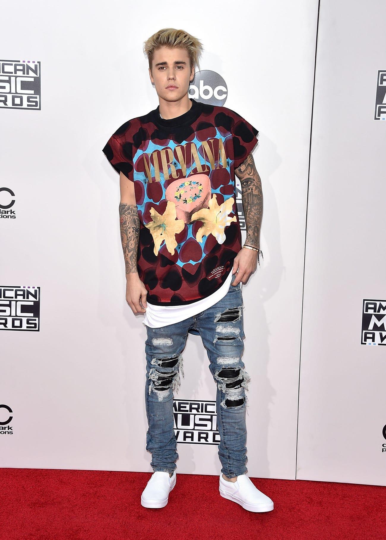 Amikor elkezdett változni a Justin Bieber stílus: bejött a Vans Slip-On