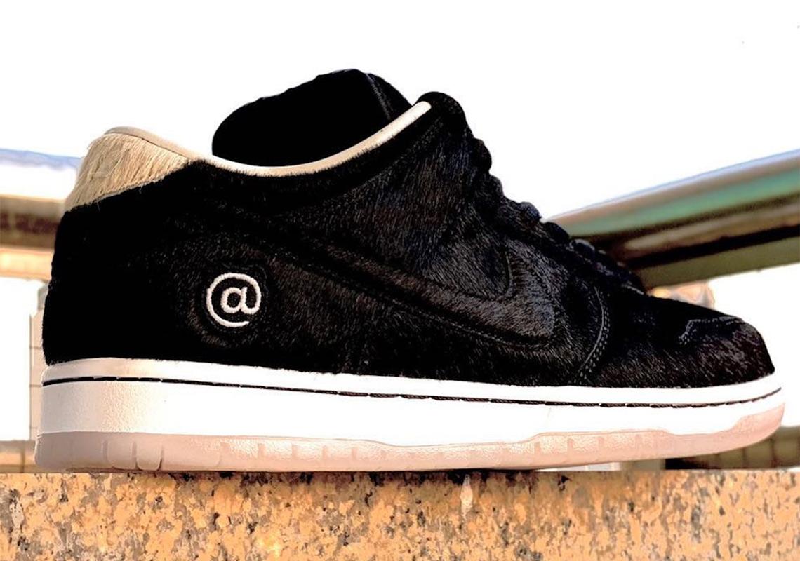 Nike-dunk-low-medicom-toy