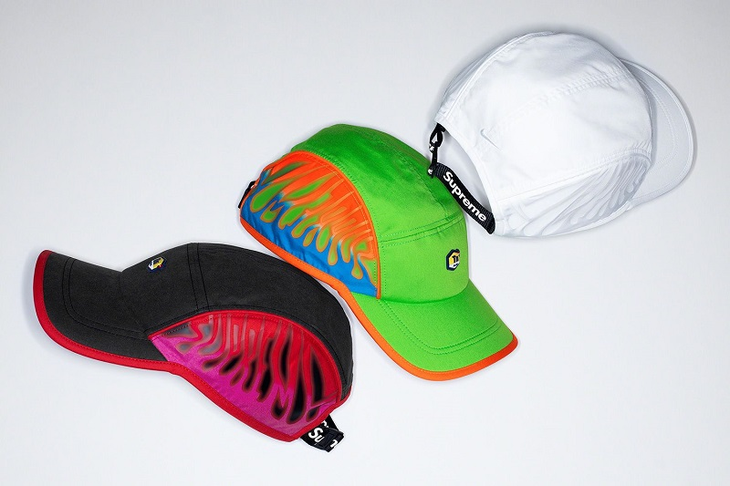 A sneakerekhez passzoló színű sapkák