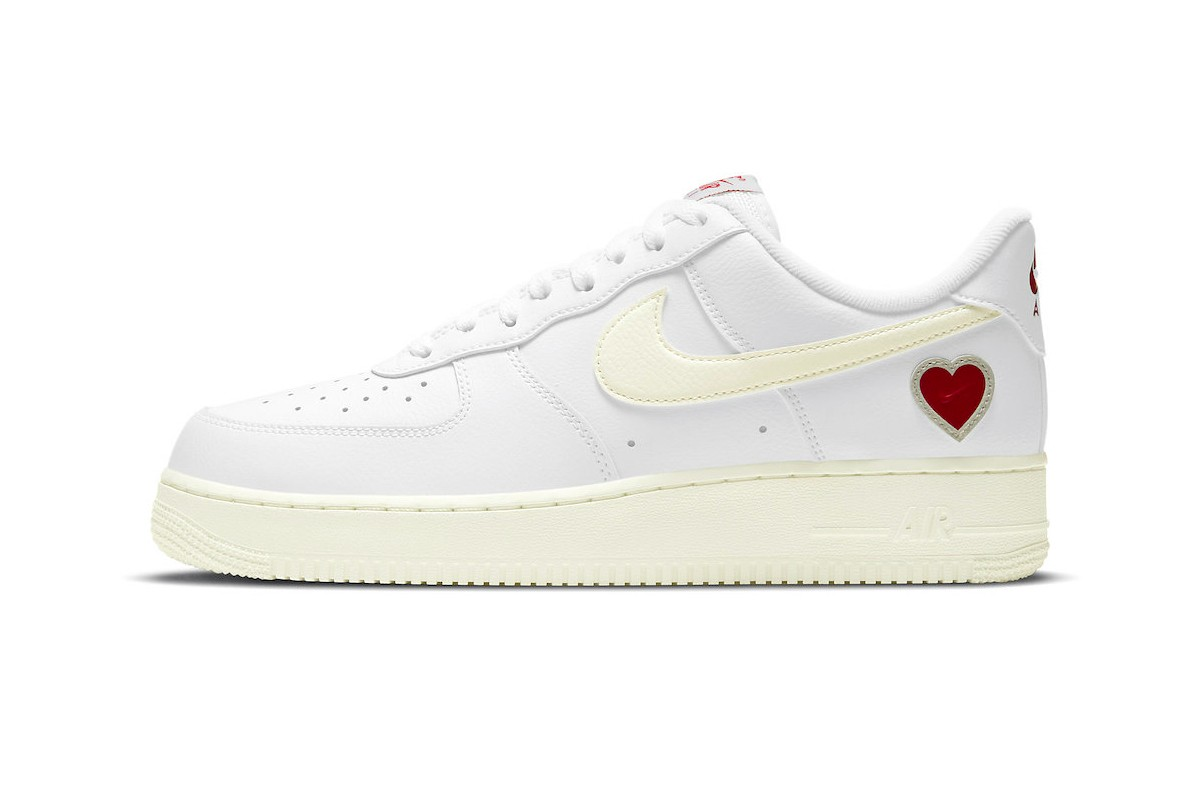 "Nike's Air Force 1 ""Valentine's Day"""