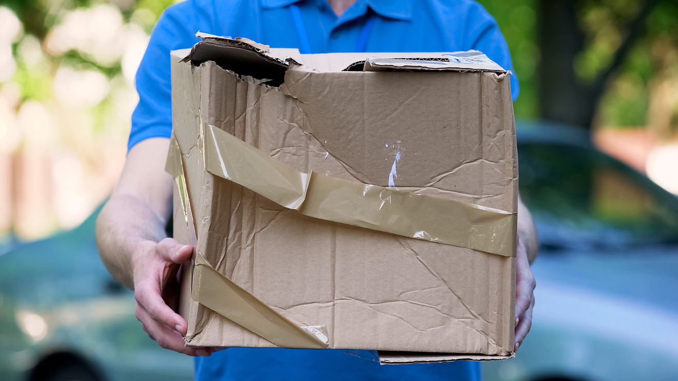 serult-csomag-posta-1
